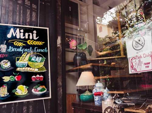where to eat breakfast in da nang