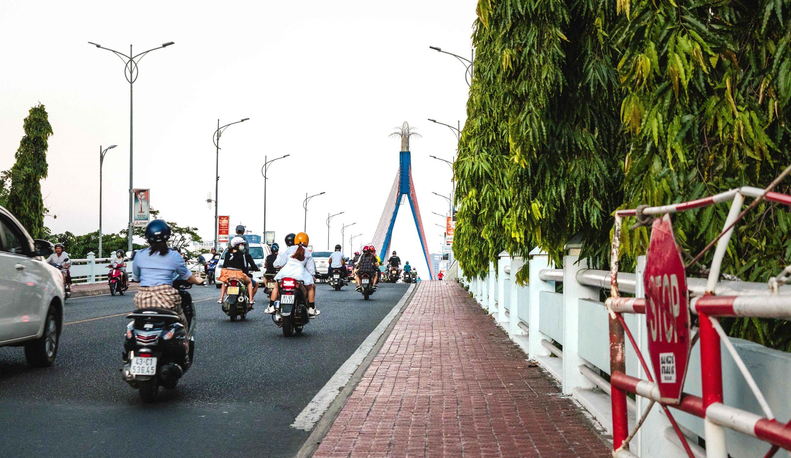 best way to get around in da nang